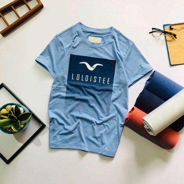 Áo thun nam cổ tròn với Background chữ nhật và logo trước ngực xanh da trời