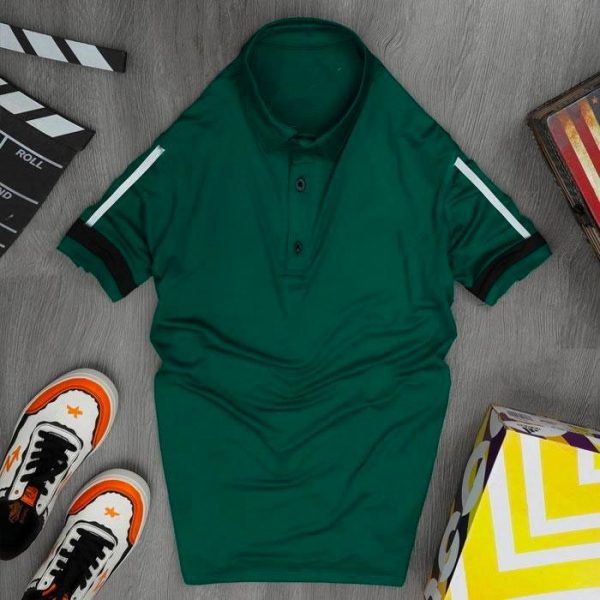 Áo thun nam cổ trụ thể thao màu xanh lá