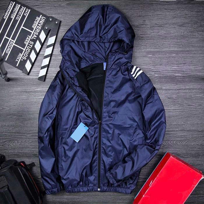 Áo khoác dù có mũ xanh đen