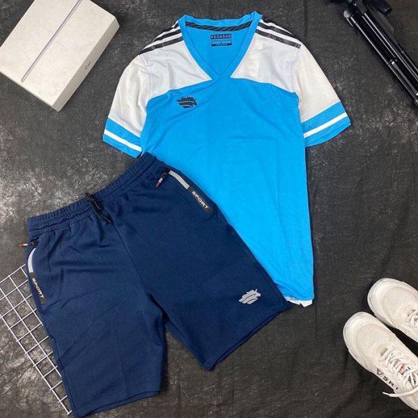 Áo thun thể thao cổ tim xanh dương trắng phối quần short thun đen